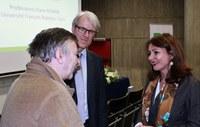 Diane Roman accueillie par le Doyen de la Faculté de droit, Marc Nihoul, et le Recteur Yves Poullet.