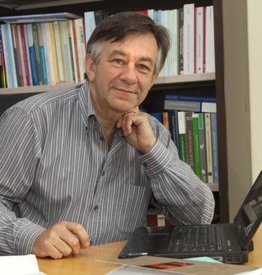 Professeur Yves Poullet