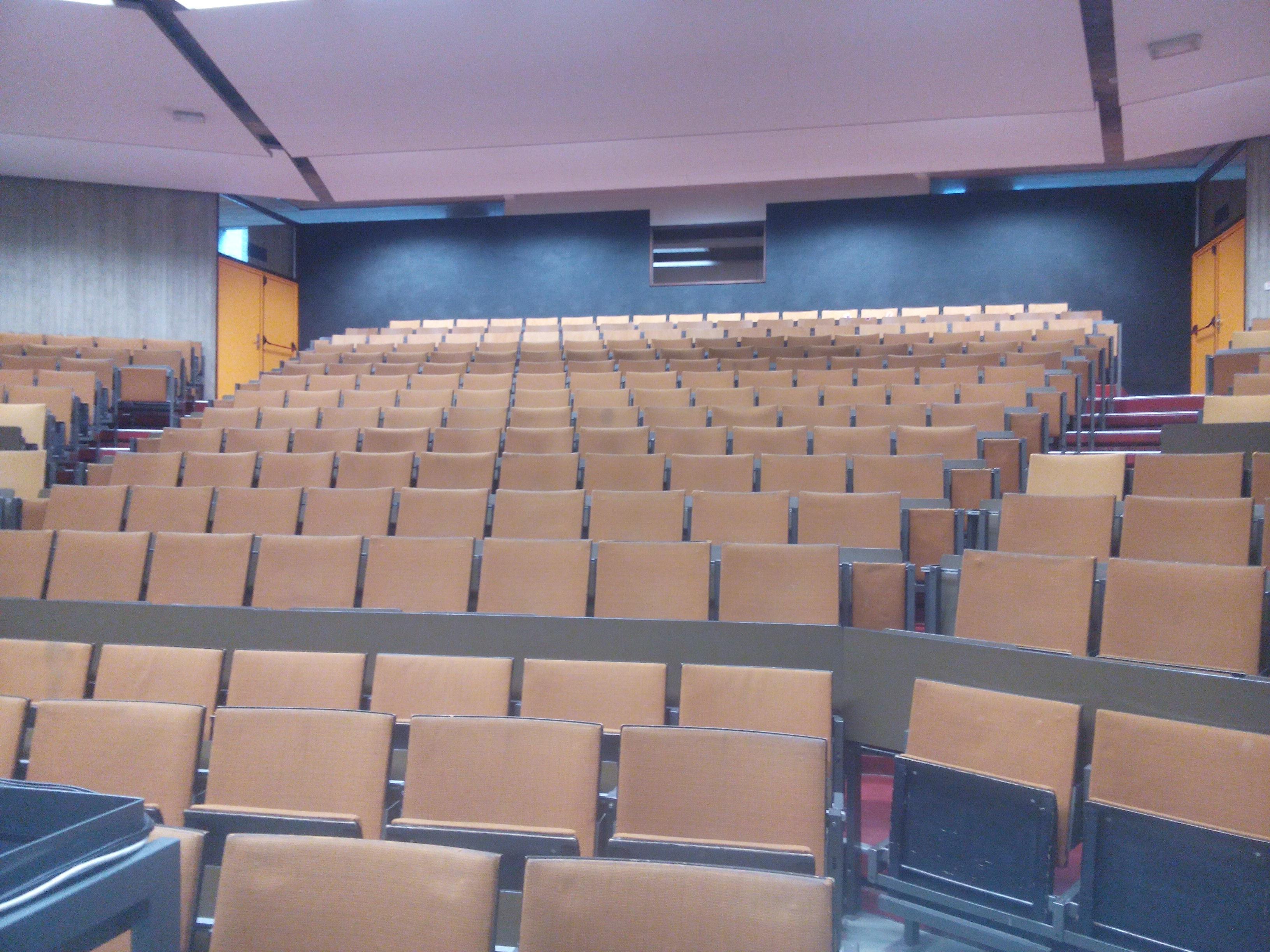 Salle en location à l'Université de Namur
